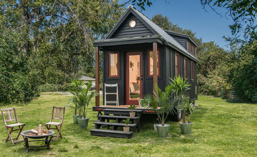 10 Tips for Building a Small House on a Budget